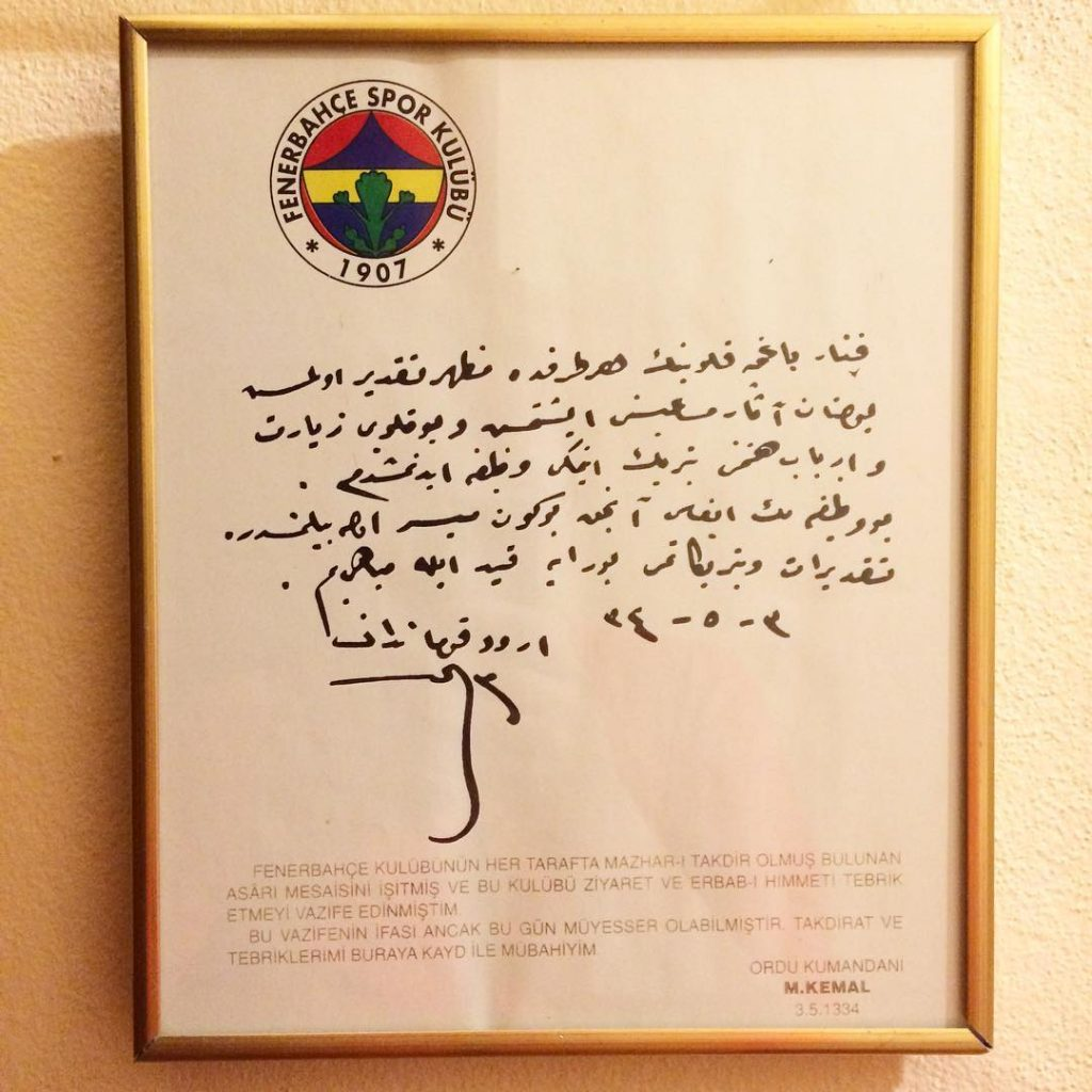 zmirin dalarnda iekler ayor Mustafa Kemalin askerleri Avrupa Kupasn alyorhellip