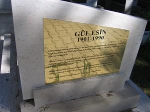 Gul_Esin_Mezarı