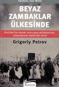 """Beyaz Zambaklar ülkesinde, Mustafa Kemal Atatürk zamanında Türkçeye ilk kez çevrildi. Atatürk, kitabı okuduğunda bu destansı başarıya tek kelimeyle hayran olmuştu. Derhal kitabın ülkedeki okulların, özellikle askeri okulların müfredatına dahil edilmesini emretti. Türk askerleri ülkelerindeki """"yaşamı yenilemek"""" için mutlaka bu kitabı okumalıydılar. O vakitler, kitap o kadar çok ilgi gördü ki, Kuran-ı Kerim'den sonra en çok okunan kitap haline geldi. Bu kitap tüm yoksulluğa, imkansızlıklara ve elverişsiz doğa koşullarına rağmen, bir avuç aydının önderliğinde; askerlerden din adamlarına, profesörlerden öğretmenlere, doktorlardan işadamlarına kadar, her meslekten insanın omuz omuza bir dayanışma sergileyerek, Finlandiya'yı, ülkelerini geri kalmışlıktan kurtarmak için nasıl büyük bir mücadele verdiklerini, tüm insanlığa örnek olacak biçimde gözler önüne sermektedir."""